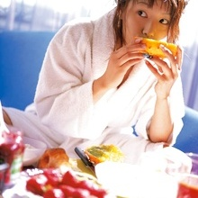 Kaori Manabe - Picture 3