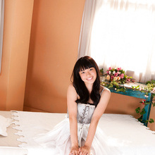 Tomoe Yamanaka - Picture 1